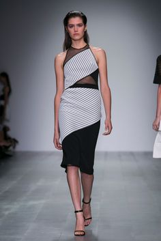 A look from the David Koma Spring 2015 RTW collection.