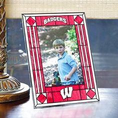 Wisconsin Badgers Art-Glass Picture Frame - $15.19