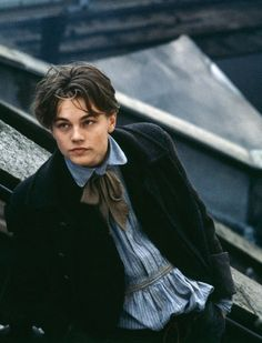 Leo as Arthur Rimbaud in Total Eclipse