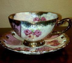 Beautiful Japanese Tea Cup and Saucer China Teapot, China Tea Cups, Teapots And Cups, Teacups, Japanese Tea Cups, Antique Dishes, Vintage China, Tea Cup Saucer, Mug Cup