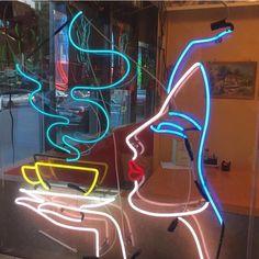 woman and tea neon Neon Light Signs, Neon Signs, Neon Rosa, Neon Words, All Of The Lights, Neon Aesthetic, Neon Glow, Neon Lighting, Light Art