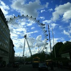 London eye by mistynova