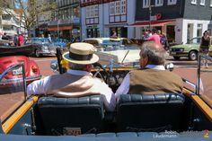 Bei allerbestem Oldtimer-Wetter fanden gestern in Bad Hersfeld die Mückenstürmer Classics statt. Hier meine Fotos von der Oldtimer-Ausstellung in der Innenstadt. Unser Bericht und Saschas Video von unserer Bildersuchfahrt folgen ... weiterlesen