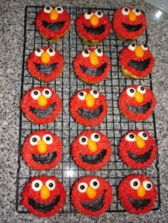 Wish my child was into Elmo so I could make these