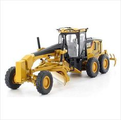 Norscot Caterpillar 140M Motor Grader Diecast Construction Model 55236