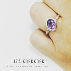 Hi! During this summer I've seen colours everywhere: in the flowers animals outfits etc. Give a boost to your outfit with this silver ring and amethyst!  #silver #plata #jewelry #ring #anillo #guadalajara #cdmx #LA #instajewelry #instashop #etsyjewelry #etsy #handmade #diseñomx #joyeria #mexico #joyeriamexicana #gemstones #amethyst #amatista #purple