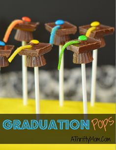 great party favors, graduation pops, easy party favors, fun snack idea!