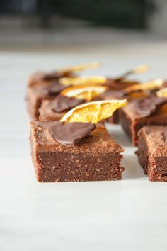 A raw vegan chocolate orange brownie made from dates and walnuts with a soft chocolate and coconut frosting. Vegan Gluten Free Desserts, Paleo Treats, Vegan Sweets, Healthy Sweets, Healthy Baking, Healthy Food, Whole Food Desserts, Raw Desserts, Raw Food Recipes
