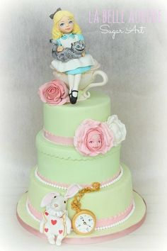 Alice - Cake by La Belle Aurore Fancy Cakes, Cute Cakes, Pretty Cakes, Beautiful Cakes, Amazing Cakes, Fondant Cakes, Cupcake Cakes, Alice In Wonderland Cakes, Wonderland Party
