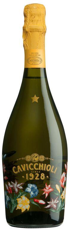 Sparkling White Malvasia Grapes grown on the Emilian hills! Booze Drink, Drinks, Cocktails, Alcohol Bottles, Wine Bottles, Wine Label Design, Wine Brands, Wine Packaging, Wine Online