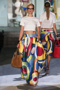 MMD S/S 2015 DSquared². See all fashion show at: http://www.bookmoda.com/?p=33673 #MMD #spring #summer #ss #fashionweek #catwalk #fashionshow #womansfashion #woman #fashion #style #look #collection #milan #dsquared2