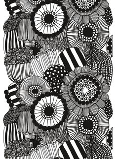 Heavyweight cotton featuring the Siirtolapuutarha (City Garden) print of large-scale flowers in black and white. Designed by Maija Louekari. Cut fabric cannot be returned.