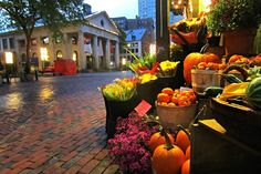 Fall in Boston, MA [Quincy Market] love, love, love. I'm obsessed!