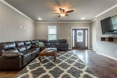Centerton Real Estate Buyersfirstrealty have Centerton Real Estate collection at best locations having accessible to many popular places. Lakefront Homes For Sale, Waterfront Homes, Marble Falls, Eureka Springs, Living Environment, Best Location, Arkansas, Home Buying, Beautiful Things