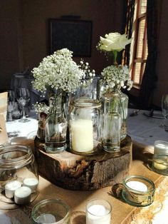 Simple gyp and hessian wedding tables