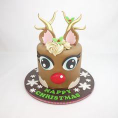 How To Make A 3D Chocolate Rudolph Cake | Cake Craft World News