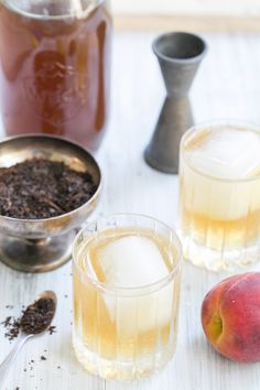 A sophisticated and refreshing Peach Tea and Rum Cocktail recipe!