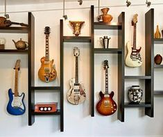 New music decorations room sound proofing 42 Ideas Home Music Rooms, Music Bedroom, Music Studio Room, Music Room Art, Guitar Room, Guitar Wall, Home Design Decor, Modern House Design, Guitar Storage
