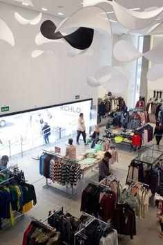 #NoVarejoPeloMundo Com loja de 1156 m2 na Avenida Paulista, a Riachuelo reforça presença na região Sudeste. Expectativa da empresa é crescer 20% em 2014 e o plano é investir R$ 2 bi até 2016 em 120 lojas #riachuelo #rchlo #novarejo #varejo #retail #sp #moda #store