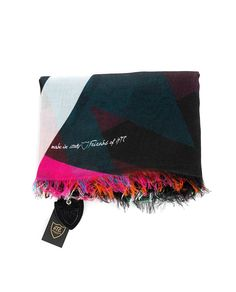 HTC HTC MUTICOLOR FOULARD Multicolor foulard fringes on the borders printed HTC logo Size: 143x 138 cm 85% Modal 15% SE