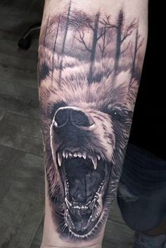 #tattoo bear Body Art Tattoos, New Tattoos, Tattoos For Guys, Sleeve Tattoos, Cool Tattoos, Tatoos, Guys Ear Piercings, Helix Piercings, Grizzly Bear Tattoos