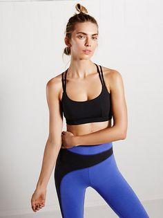 4832f41b3badc YIANNA Women s Padded Sports Bra Cross Back High Impact Workout Running  Yoga Bra Fitness Studio