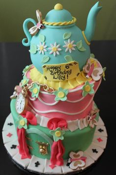 Alice In Wonderland Cake...Oh lordy this is cute! Bread and butter-flies!!