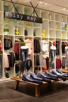 Vero Moda Flagship Store at Alexa Mall by Riis Retail Berlin 12
