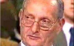 """Ricordando un vero eroe Libero Grassi uccciso per aver sfidato la mafia L'imprenditore Catanese Libero Grassi verrà ricordato oggi, il giorno 29 agosto dell'anno 2016. Nell'anno della sua morte, gli verrà conferita la medaglia al valore, """"Splendido esempio di coraggio e  #ucciso #liberograssi #mafia #cosanostra"""