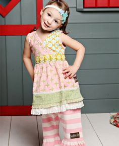 cute. need to make this little girl's dress