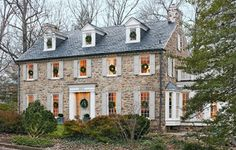 I love the look of American colonial stone houses. They are so historical lookin. I love the look of American colonial stone houses. They are so historical looking in a cozy early American way and will forever remind me of the Northeast. Colonial Exterior, Exterior Design, Stone Exterior, Stone Facade, Craftsman Exterior, Stone Cladding, Virginia Homes, Cottage Homes, Traditional House
