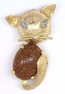 14Kt Yellow Gold Diamond Cut Cat With Diamond Eyes & Gold Stone Belly.(Brooch)