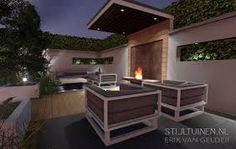 Verhoogd terras van gebakken klinkers met mooi uitzicht op open en strakke tuin tuinen met - Geplaveid voor allee tuin ...