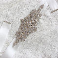 Kyunovia Crystal Wedding Accessories Satin Wedding Dress Belt Bridal Ribbon Waistband Sash Belt for Evening Prom Dresses Country Wedding Dresses, Colored Wedding Dresses, Modest Wedding Dresses, Backless Dresses, Wedding Belts, Wedding Sash, Wedding Gowns, Fall Wedding, Bridal Gowns