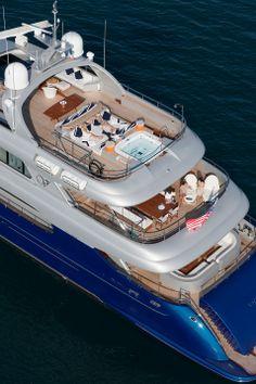 Vicem Vulcan 46 M Tri-Deck Luxus-Motoryacht als Schwimmender Palast   Studio5555