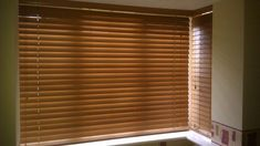 Quality venetian blinds at affordable price. Want to add a sense of style and natural warmth, add richness to any areas in your home get Venetian Blinds Wood Windows, Big Windows, Blinds For Windows, Window Blinds, White Wooden Blinds, Wood Blinds, Big Lots Curtains, Kitchen Blinds Ikea, Blinds For Sale