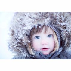 Winter photo❄️ Winter Photos, Crochet Hats, Pictures, Winter Pictures