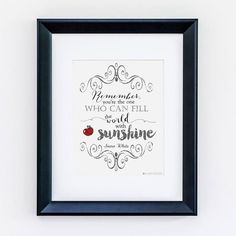 Make your dreams comes true with this beautiful Snow White design! Perfect for your little princesses room or birthday party or even the wedding of your dreams.