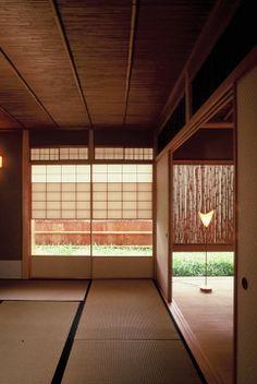 日本家屋、畳み、ふすま
