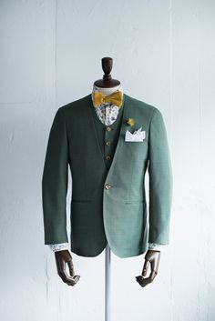 カジュアル新郎衣装|ノーカラースーツスタイル