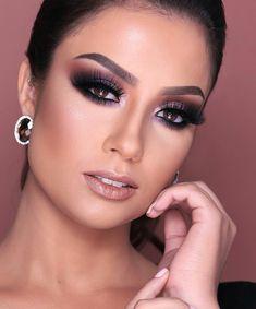 Likes, 32 Comments - Maquiagem Wedding Makeup Looks, Bridal Makeup, Eye Makeup Tips, Diy Makeup, Perfect Makeup, Love Makeup, All Things Beauty, Beauty Make Up, Wedding Smokey Eye