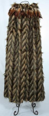 Warrior Fashion, Polynesian People, Feather Cape, Maori Designs, King Lear, Maori Art, Cloak, Kite, Capes