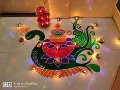 Creative rangoli designs Perfect For Sprucing Diwali Rangoli Designs Peacock, Rangoli Designs Simple Diwali, Indian Rangoli Designs, Rangoli Designs Latest, Free Hand Rangoli Design, Rangoli Border Designs, Small Rangoli Design, Colorful Rangoli Designs, Rangoli Ideas