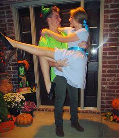 Peter Pan & Wendy Darling halloween couple costume Ig: @leahharrison