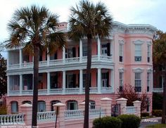 My dream house :) When I visited Charleston I stood outside for like, an hour, just to take pictures