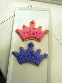 Princess Crown Cookies Crown Cookies, Princess Cookies, Royal Party, Edible Creations, Princess Birthday, Cookie Bars, Cookie Decorating, Birthday Candles, Tea Party
