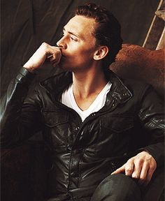 Oh sweet jesus Tom. Are you trying to kill me?!    Tom Hiddleston