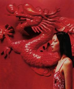 """midnight-charm: """" Ling Tan photographed by Scott Crolla for Vivienne Tam Spring / Summer 2002 """" Aesthetic Images, Red Aesthetic, Aesthetic Photo, Geisha, Minimal Design, Chinese Style, Asian Art, Fashion Photography, Instagram Posts"""