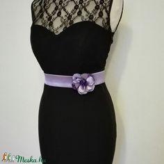 Szaténöv virággal esküvőre (nicoledesign) - Meska.hu Women's Fashion, Belt, Accessories, Belts, Fashion Women, Womens Fashion, Woman Fashion, Feminine Fashion