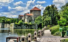 Szolnoki Tibor - Tatai vár Heart Of Europe, Budapest Hungary, European Travel, Homeland, Countryside, Beautiful Places, Places To Visit, Castle, Around The Worlds